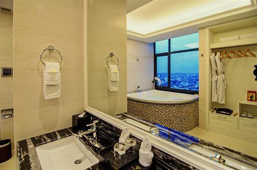 Brilliant Hotel Da Nang 1