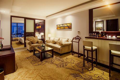 Brilliant Hotel Da Nang 4